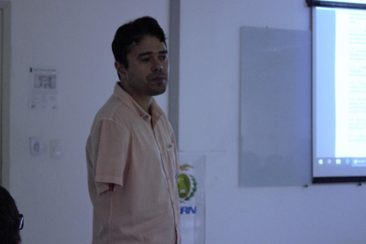 Edmilson Juvino, presidente da comissão, participou tirando as dúvidas dos participantes.